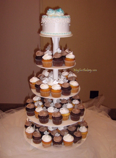 Cupcake Tree Stand with Wedding Cake